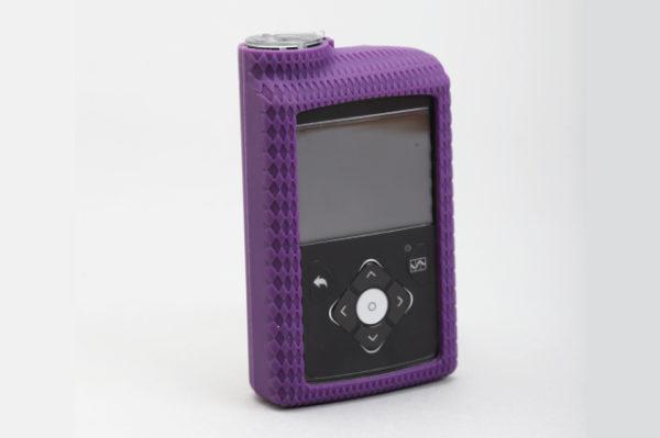 Silikonska zaštitna navlaka za MiniMed™ 640G inzulinsku pumpu ljubičasta