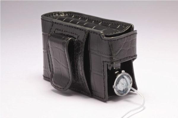 Suvremena kozna torbica za zene 02